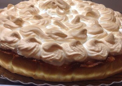 Lemon pie, con crema de limón y merengue italiano